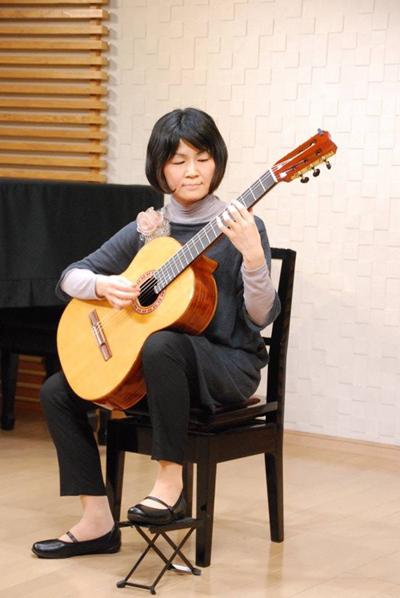ミナクルギター1